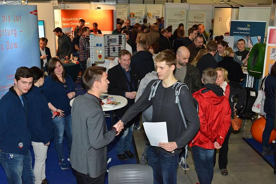 Chance 2017: Gemeinschaftsstand des Netzwerks auf der Messe Halle vom 13. bis 14.01.2017